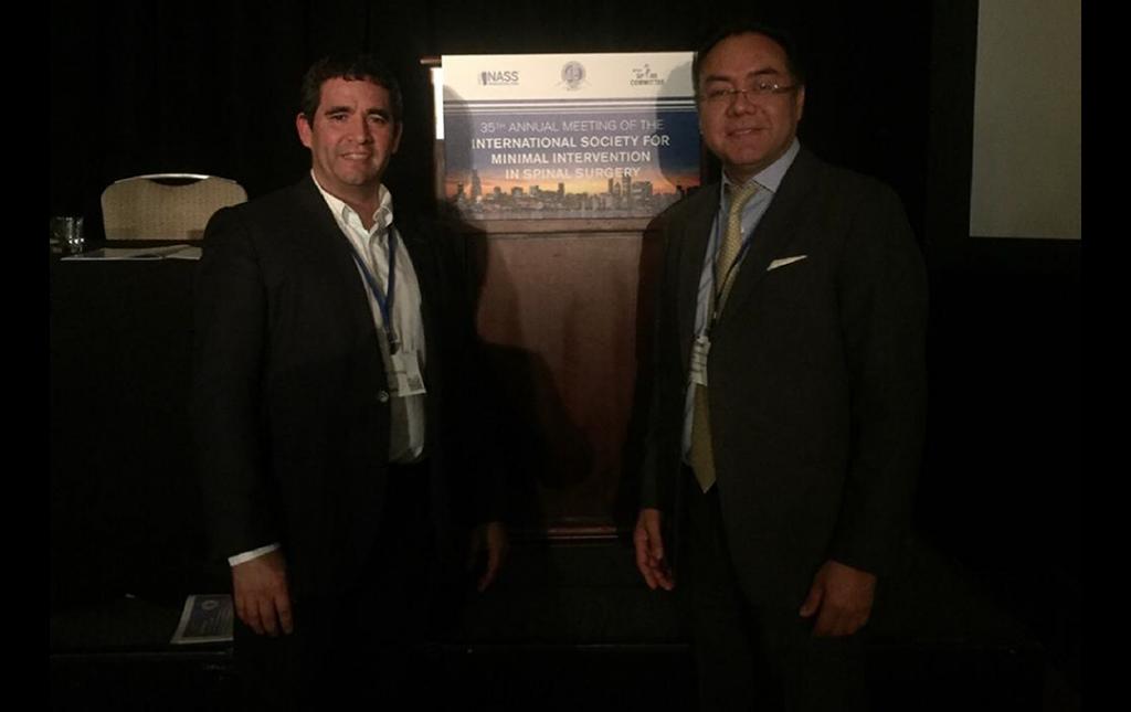 Dr. Soriano como Profesor durante el 35vo Congreso ISSMISS en Nueva York con su Amigo el Profesor JOSE Poblete de Barcelona