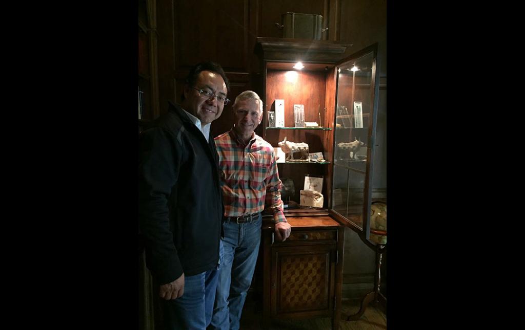 Dr Soriano como invitado en la Residencia del Profesor Richard Fessler en Chicago, USA 2015