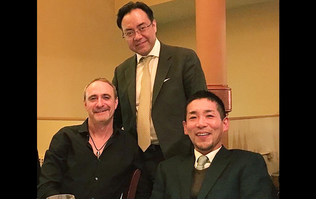 Dr Soriano con el Profesor Bernard Meyer de Alemania (A su derecha)